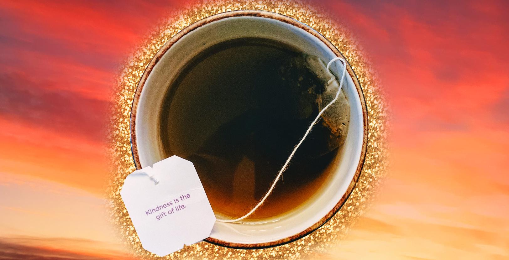 Butti via le bustine da tè? Sbagliato! 3 idee riciclo utilissime (e geniali)
